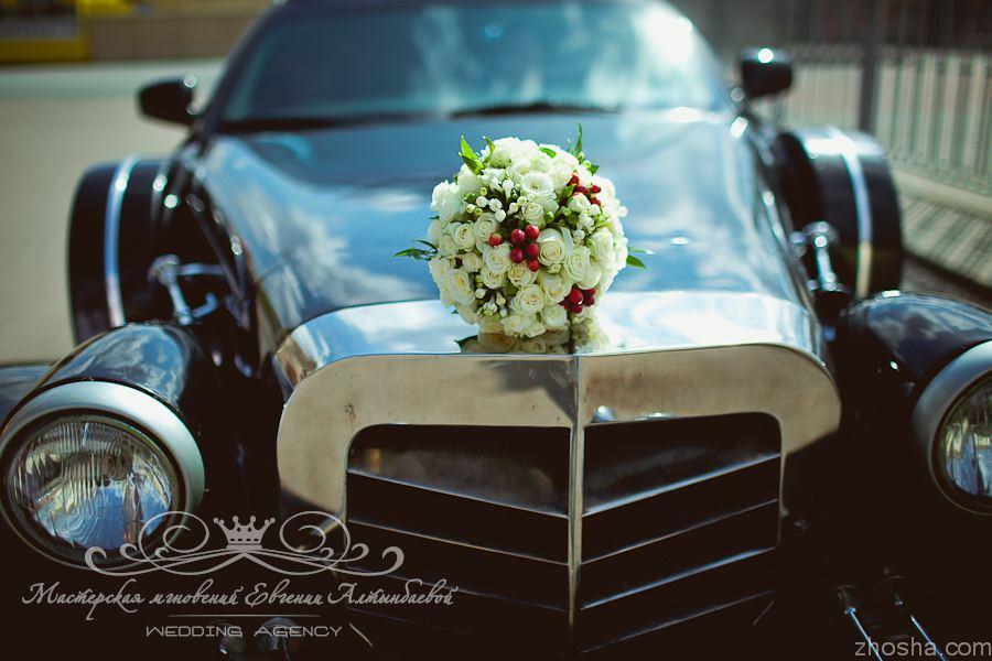 Excalibur Phantom и очаровательный букет невесты