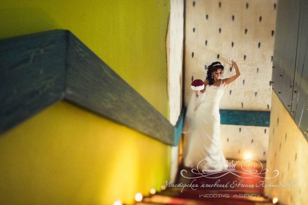 Оригинальное место для фотосессии не свадьбе