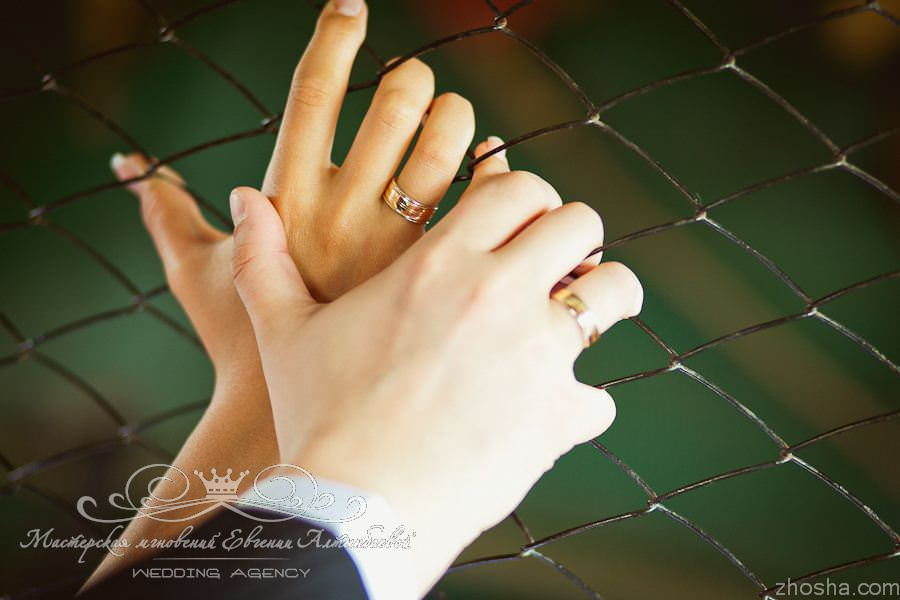 Обручальные кольца выполнены на заказ