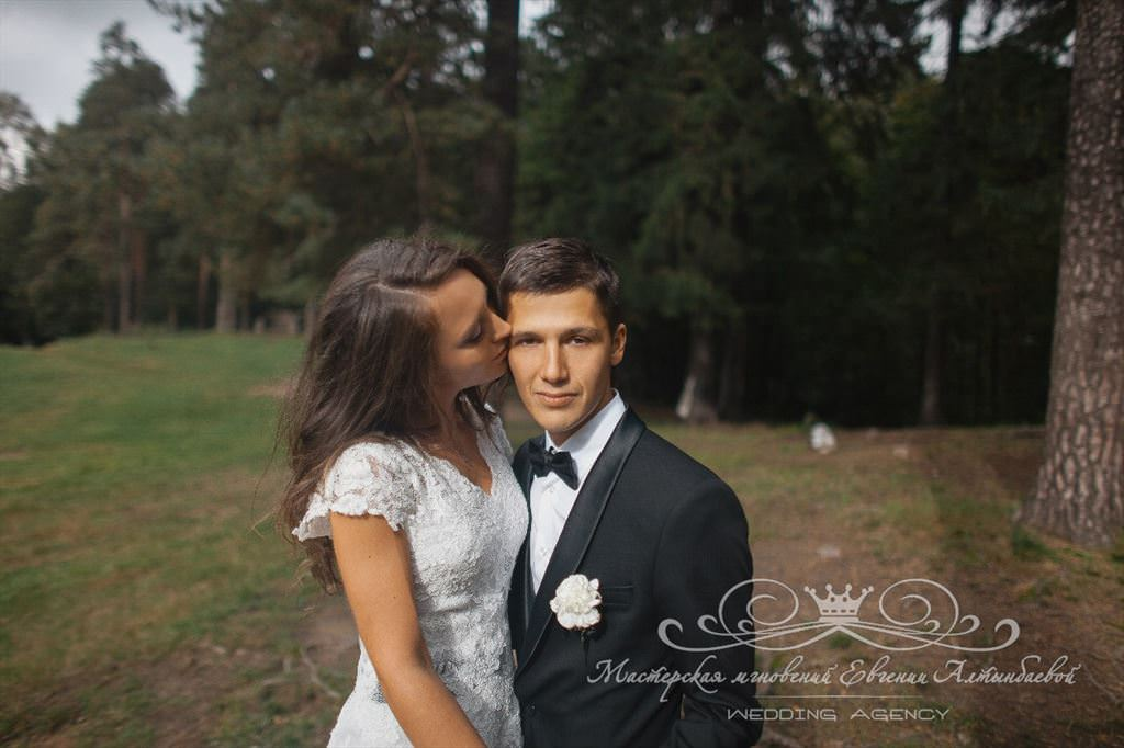 Свадьба в Шуваловском парке