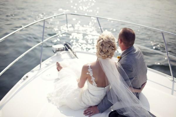 Свадебная прогулка на яхте, свадьба под ключ