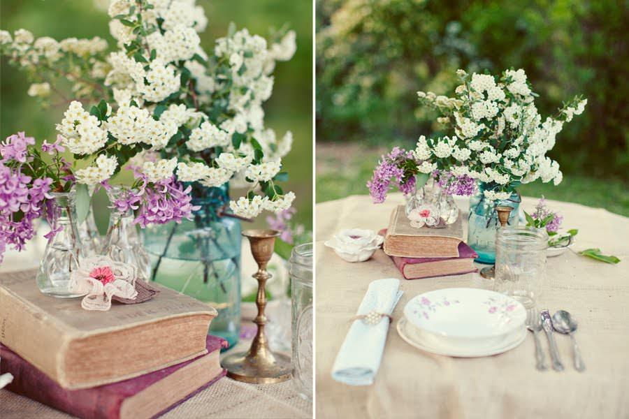 Книги и цветы в свадебном декоре