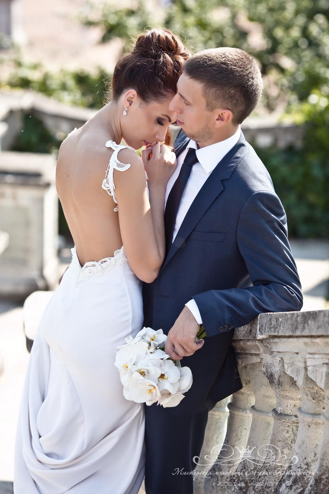 Фотосессия жениха и невесты на природе