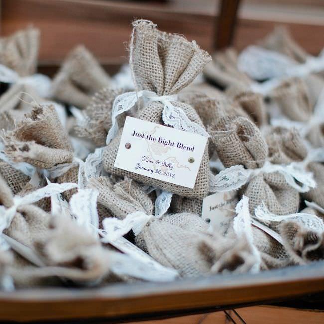 Бонбоньерки для свадьбы в стиле растик