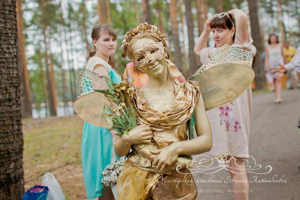 Живая статуя лесная фея