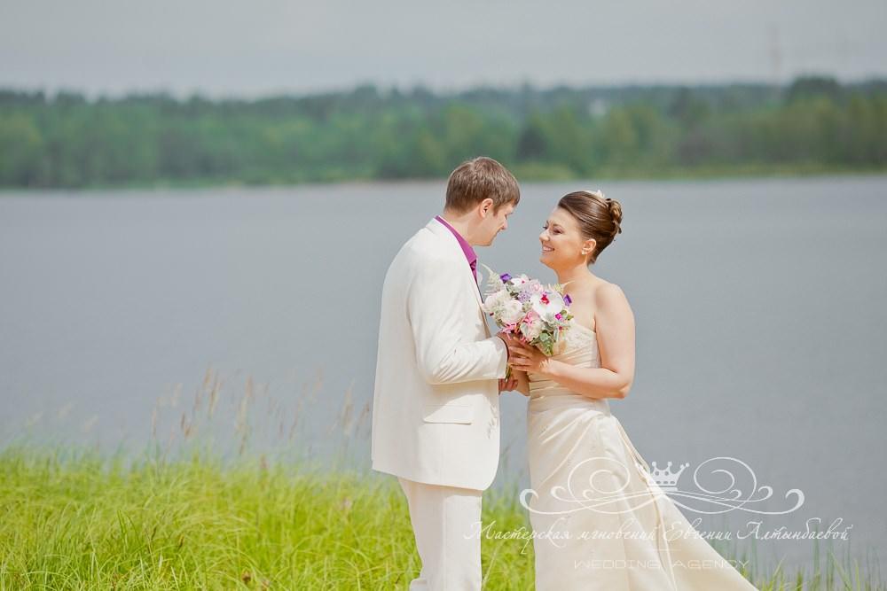 Свадебная фотосессия в Лесной рапсодии