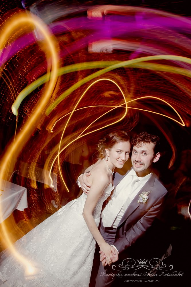 Посоветуйте фотографа для свадьбы в Петербурге