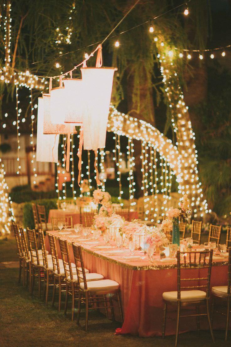 Световые гирлянды на свадьбе