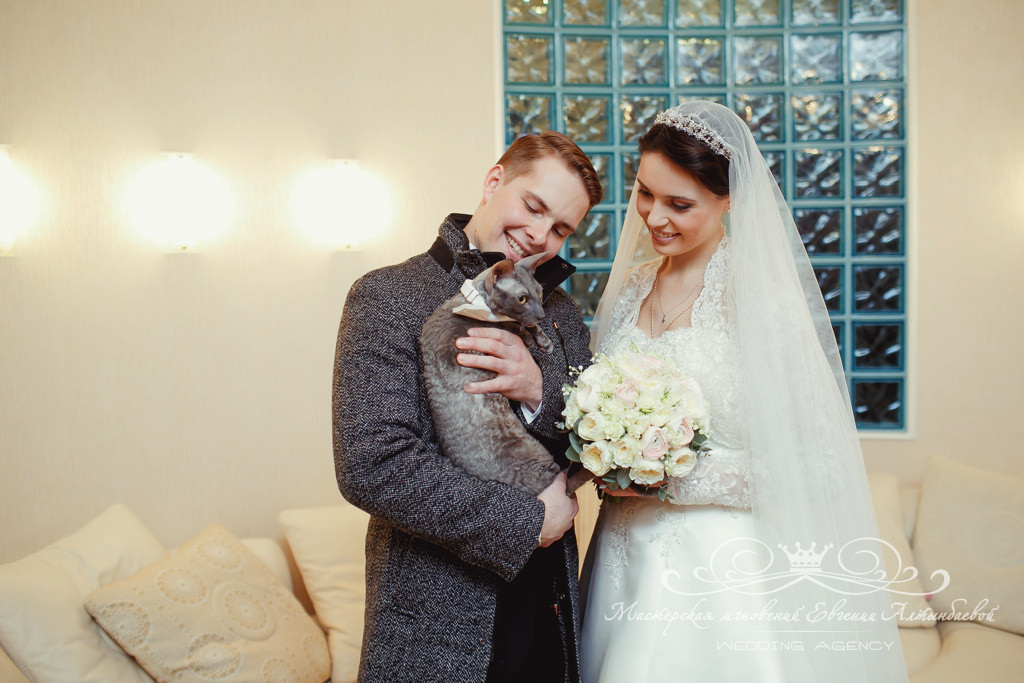 букет невесты с ландышами