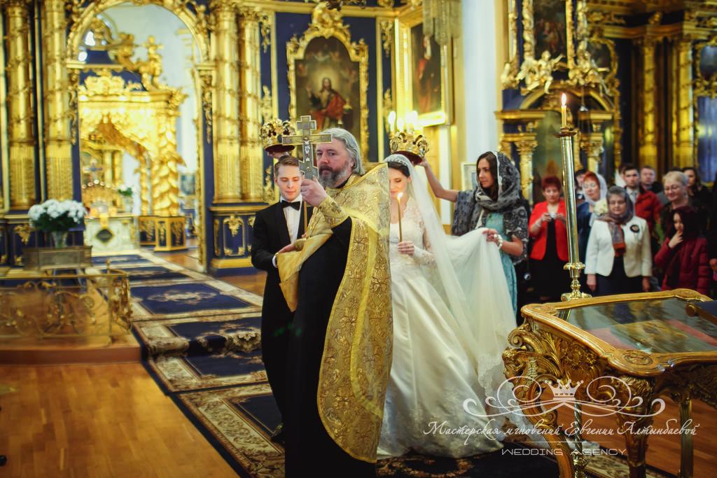 таинство венчания в никольском соборе
