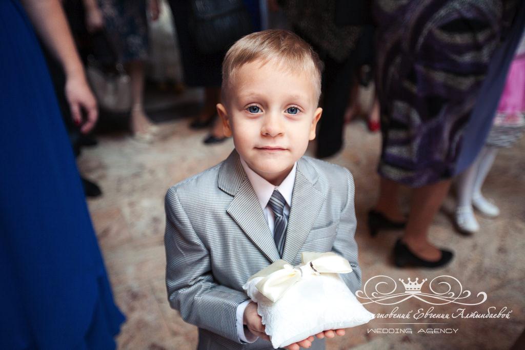 Дети на свадьбе подушечка для колец