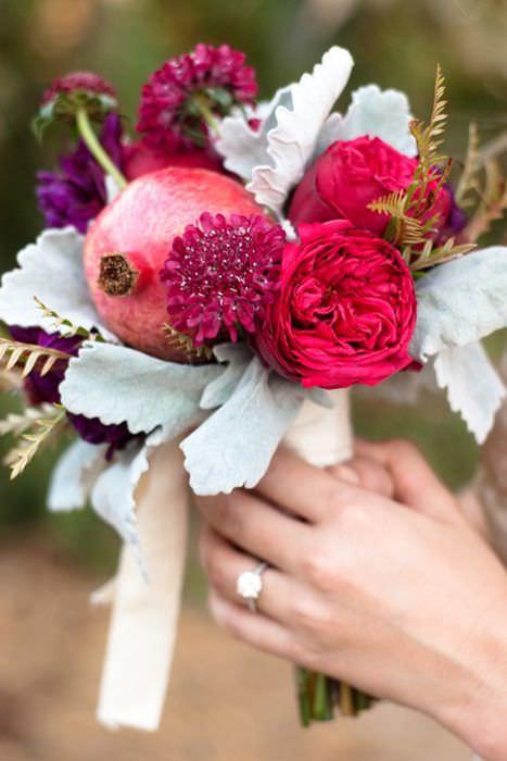 Необычный осенний свадебный букет