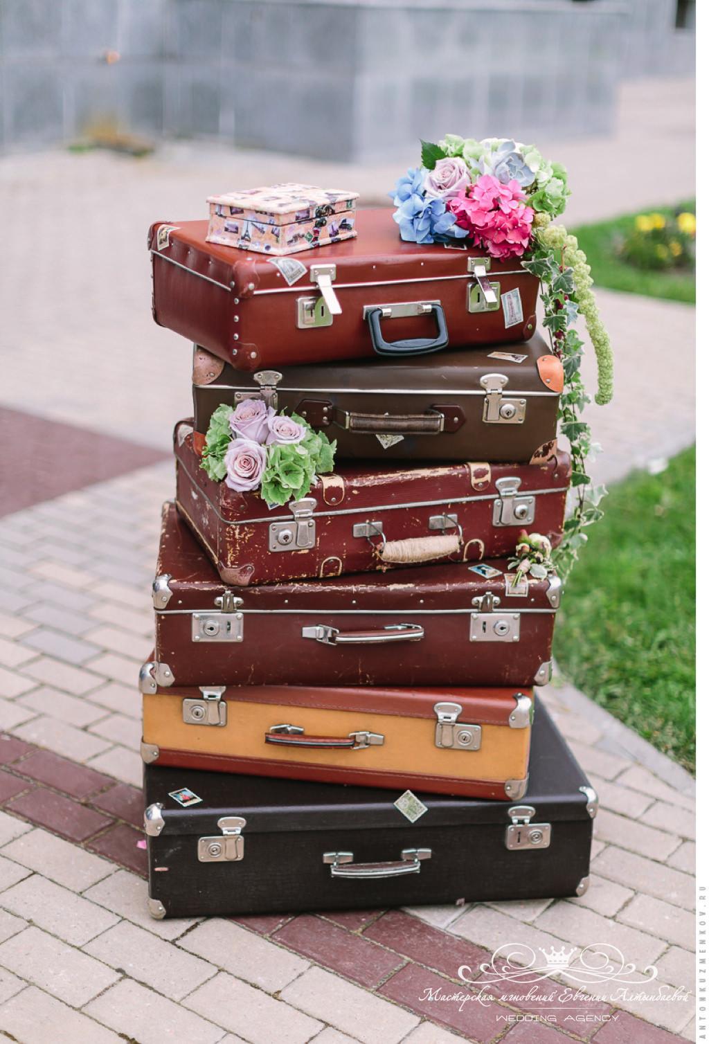 декор свадьбы в стиле путешествий