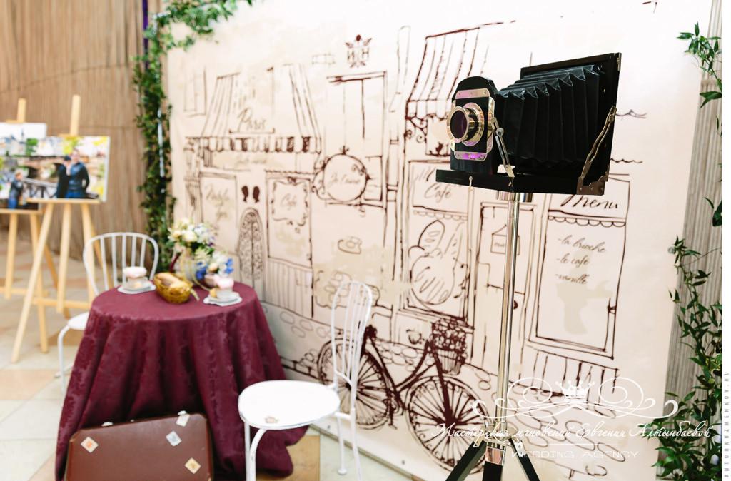 press-wall на свадьбе в Летнем дворце