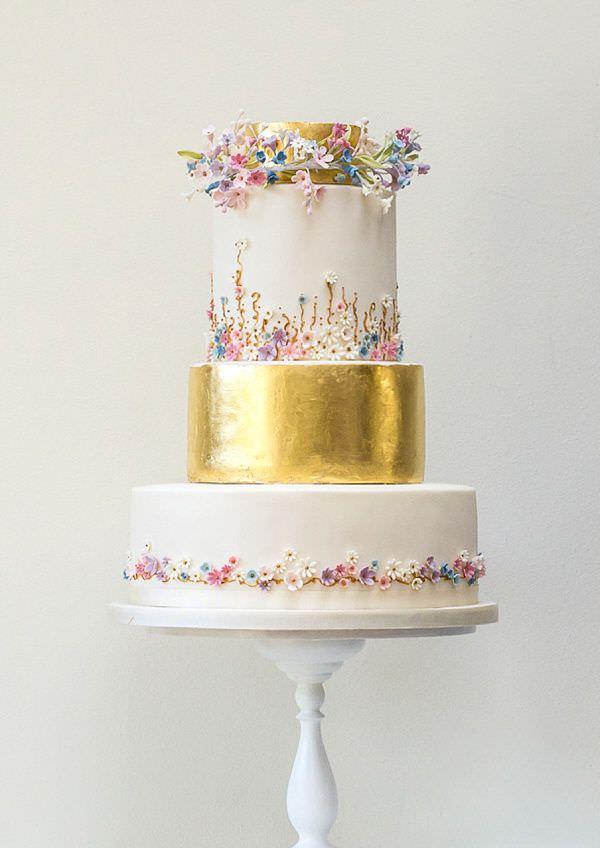 Оригинальный дизайн свадебного торта