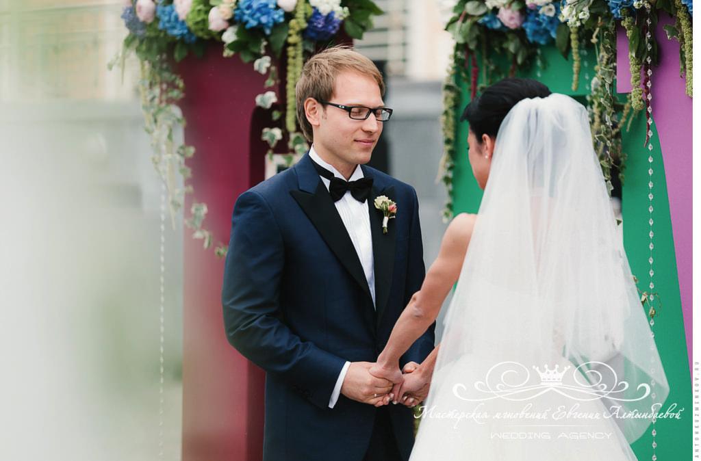 Трогательная выездная регистрация на свадьбе в Летнем дворце
