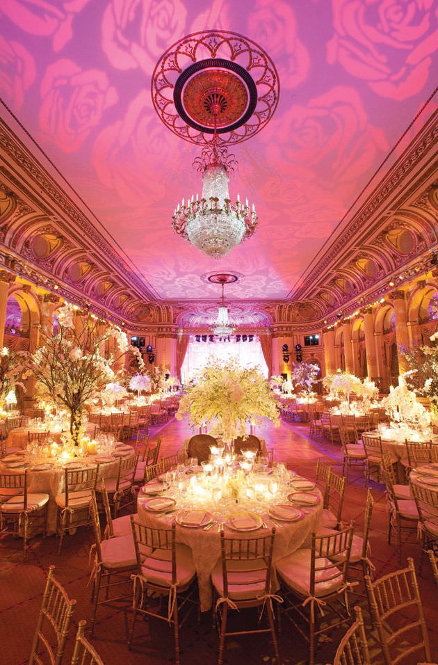 Интерьерный свет на свадьбе