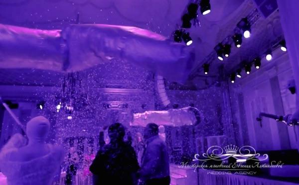 бумажное шоу на свадьбе во дворце