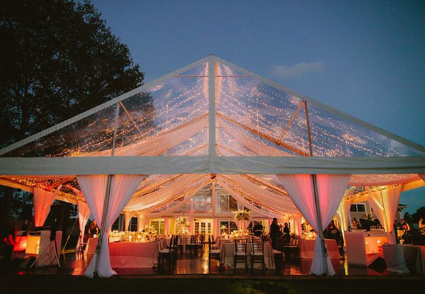 Свадьба на природе в шатре