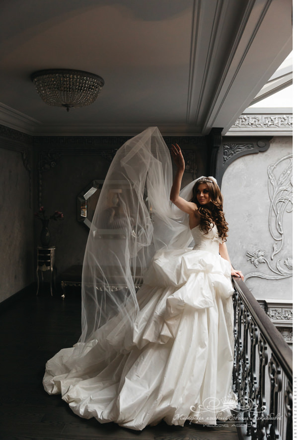 Свадебное платье от lavenier boutique