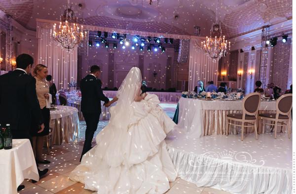 zvyk-i-svet-na-svadby