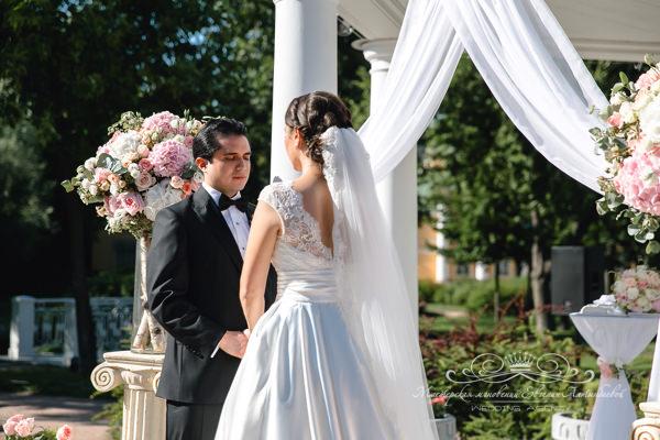 Организация свадьбы в саду Державина