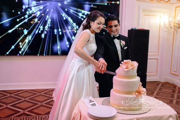 Сладкий финал на свадьбе