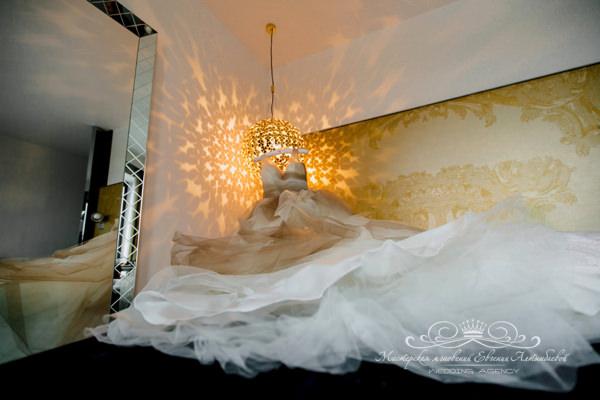 Сборы невесты в отеле W
