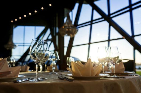 Свадебный ресторан на берегу Финского залива