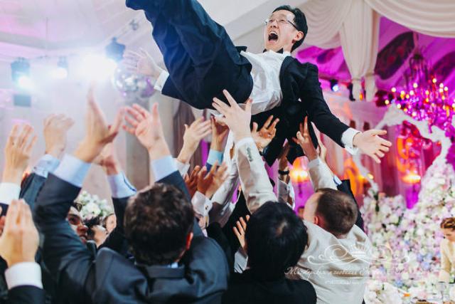 Интернациональная свадьба в Летнем дворце