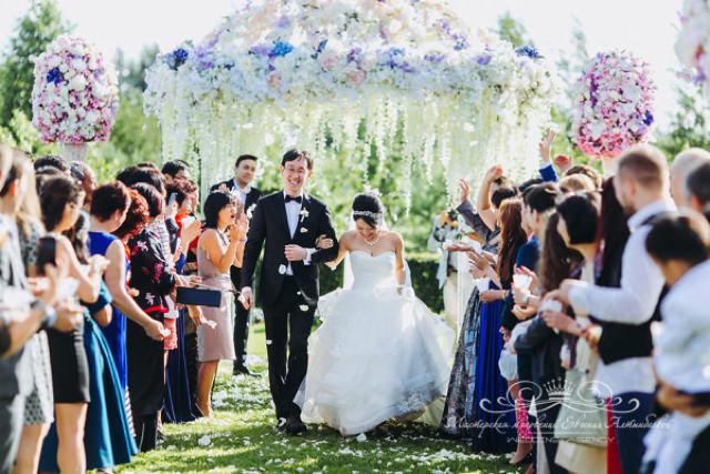 Организация свадьбы в Петербурге для иностранцев