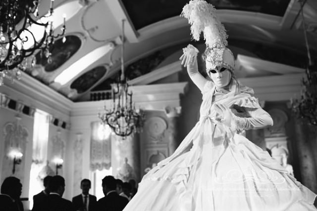 Оригинальные артисты на свадьбе в Летнем дворце