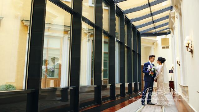 Свадебная фотосессия в интерьерах отеля Фор Сизонс