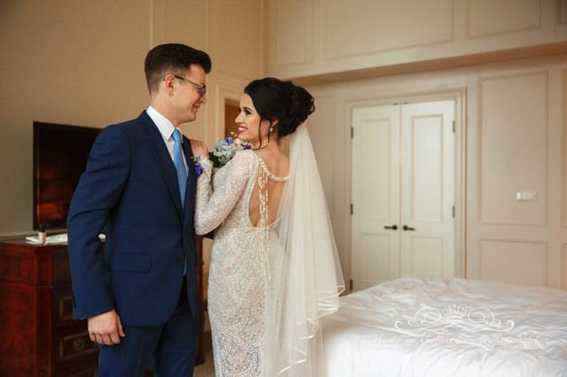 Встреча жениха и невесты в дворянском люксе отеля Four Seasons