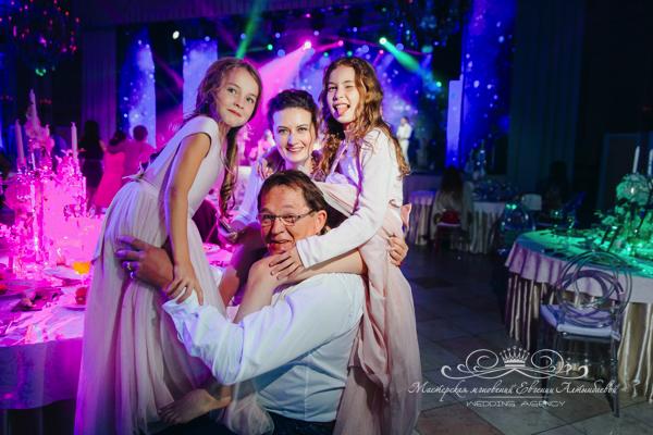 Свадьба во дворце 50 оттенков белого