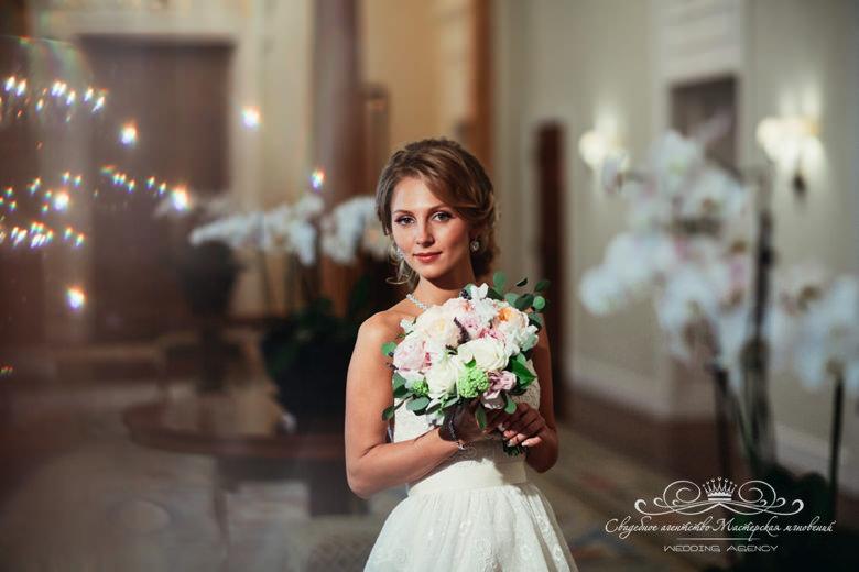 прическа и макияж невесты на свадьбе dolce&gabbana