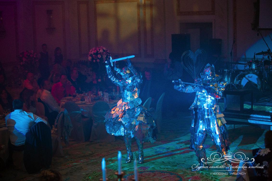 Шоу программа Долче Габбана в отеле Фор Сизонс