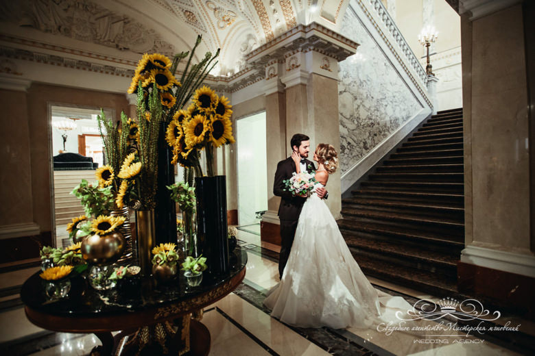 Утро жениха и невесты в отеле dolce&gabbana