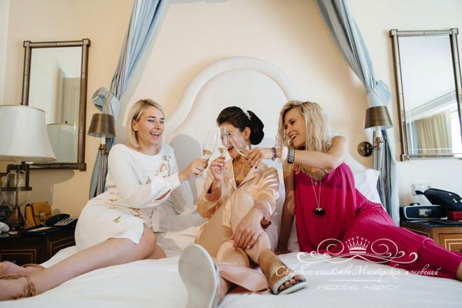 Подружки невесты в отеле Скандинавия
