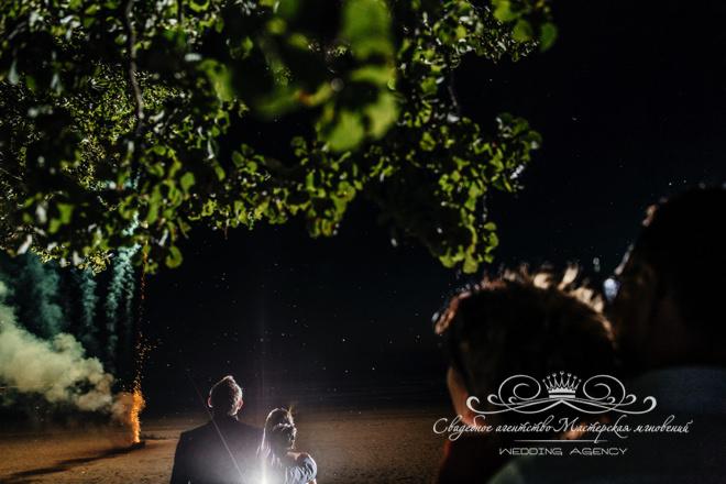 Салют на свадьбе в загородном клубе Скандинавия