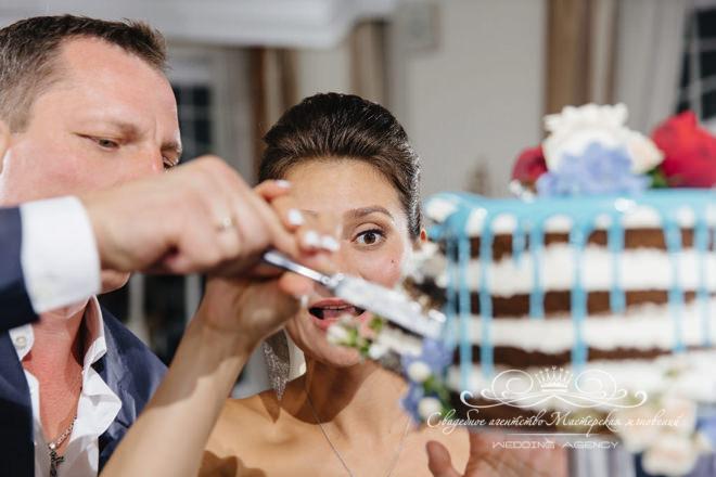 Торт на свадьбе в загородном клубе Скандинавия