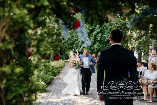Выход невесты в отеле Скандинавия