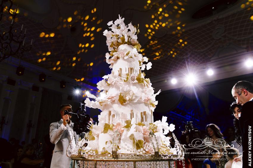 Свадебный торт на грузинской свадьбе