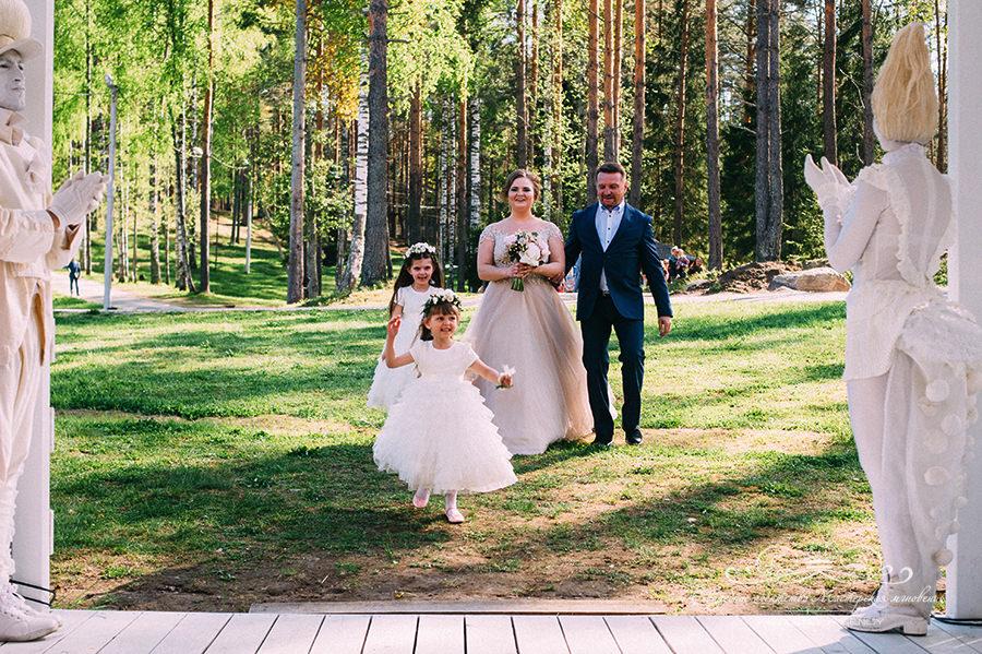 Невеста с отцом Давинчи парк