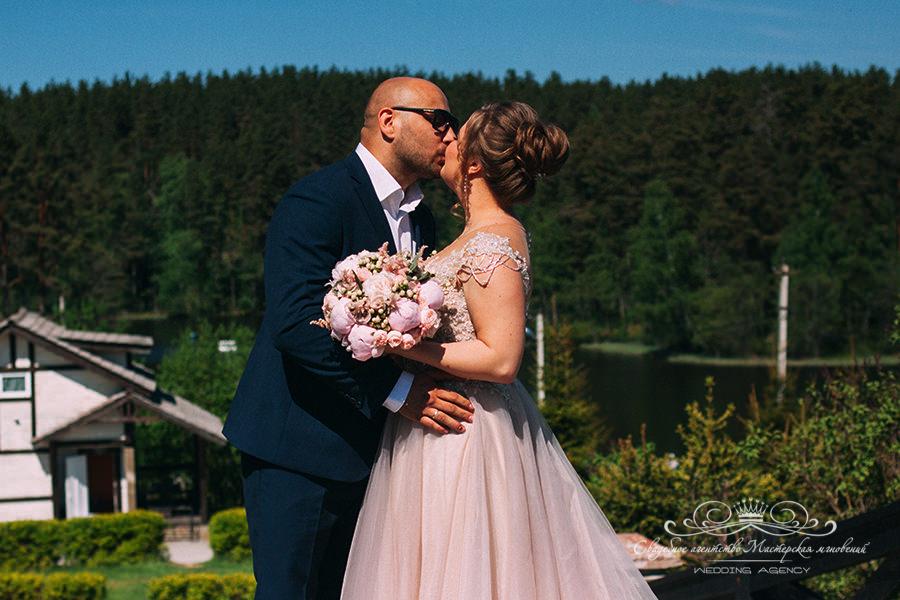 Свадьба в загородном клубе Давинчи парк
