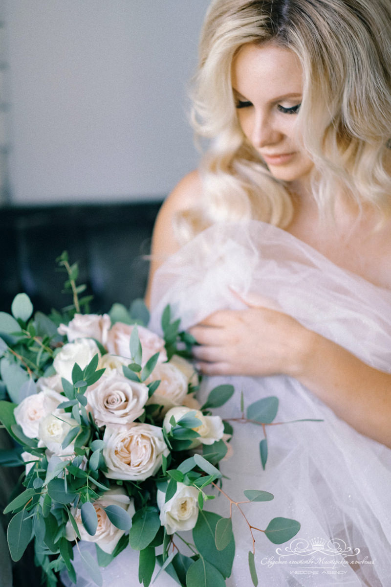 Букет невесты Роял бич