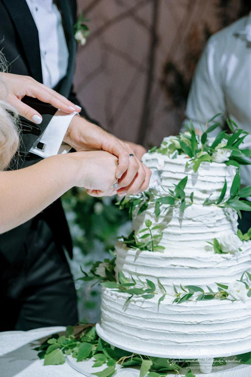 Свадебный торт Роял Бич