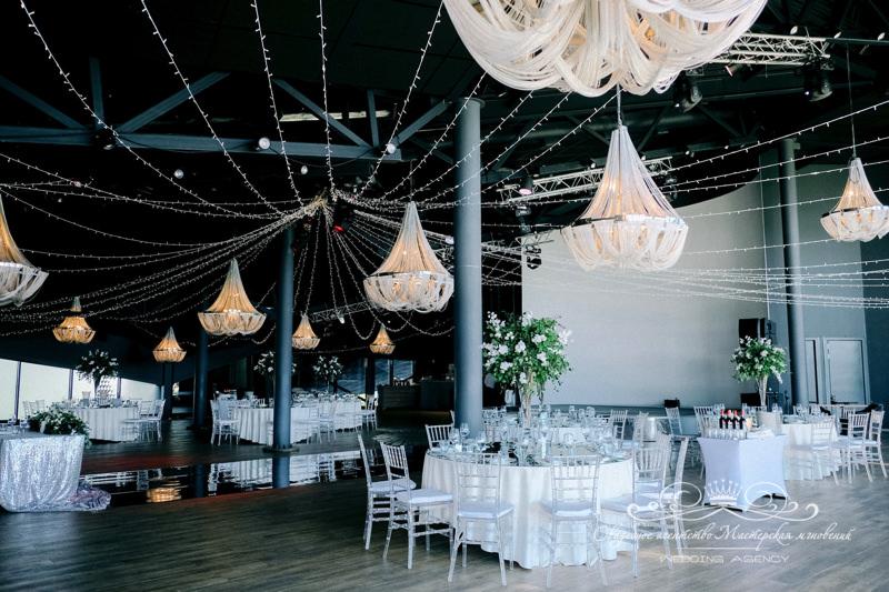 Роял Бич свадебный декор