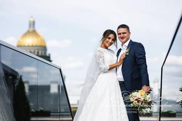 Свадьба с видом на Исаакиевский собор