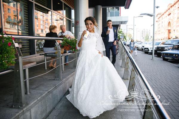 Свадебное фото в Макдаке